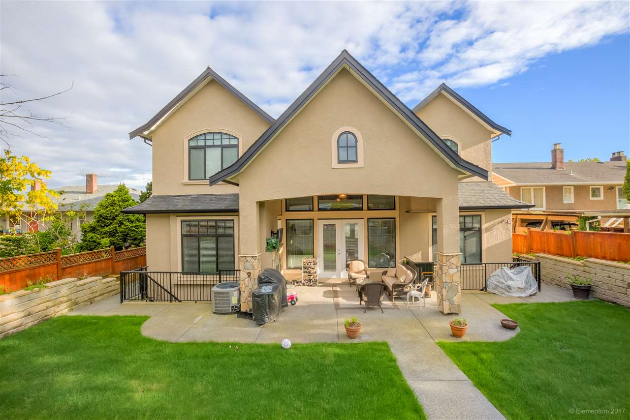 Detached at 3749 PORTLAND STREET, Burnaby South, British Columbia. Image 20