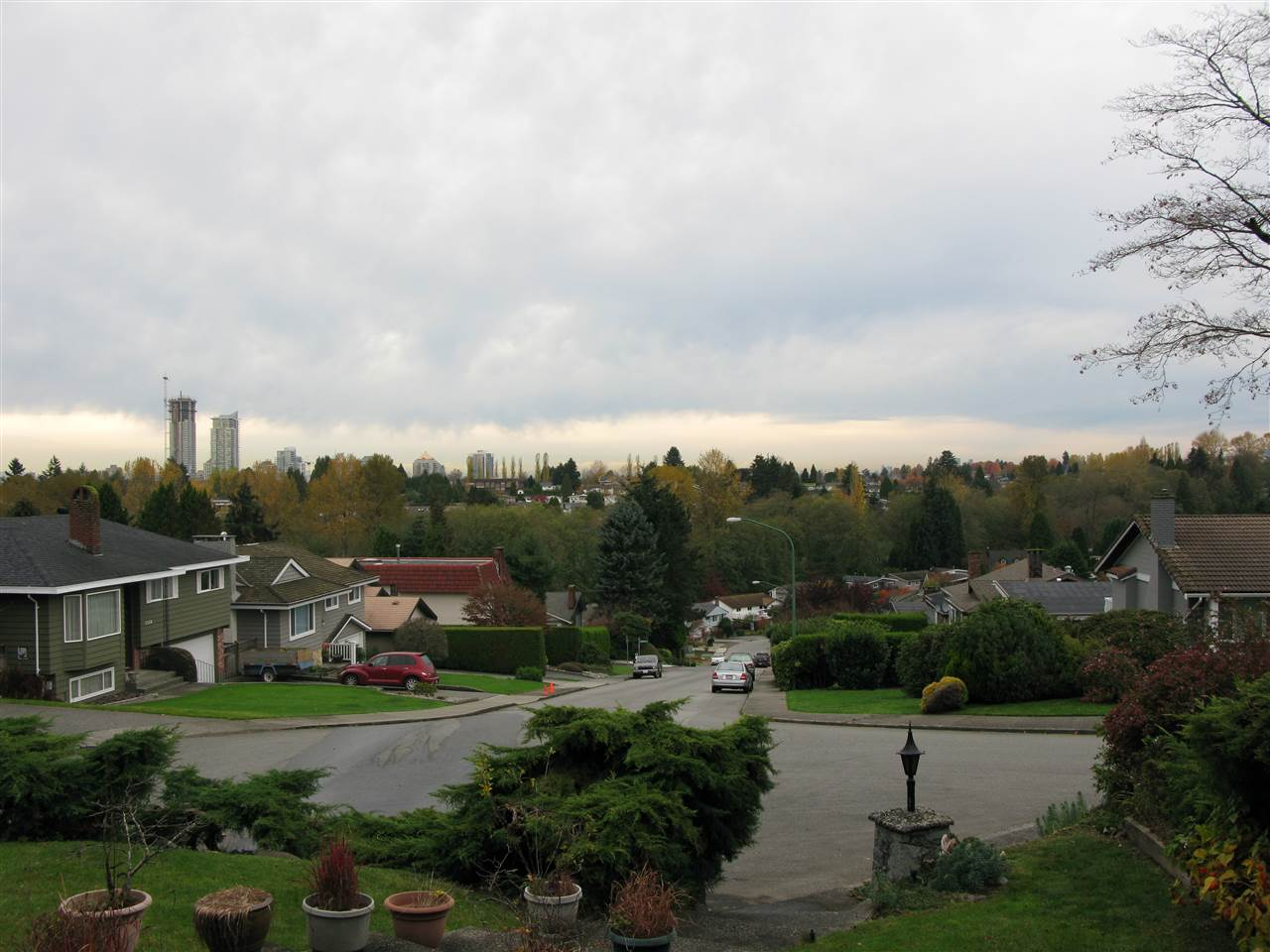 Detached at 5470 MEADEDALE DRIVE, Burnaby North, British Columbia. Image 1