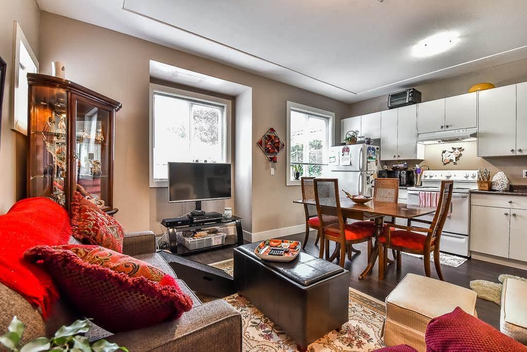 Half-duplex at 2 9235 HAZEL STREET, Unit 2, Chilliwack, British Columbia. Image 3