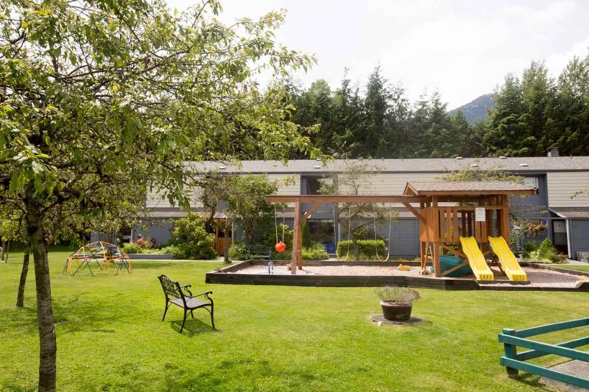 Townhouse at 16 38455 WILSON CRESCENT, Unit 16, Squamish, British Columbia. Image 1