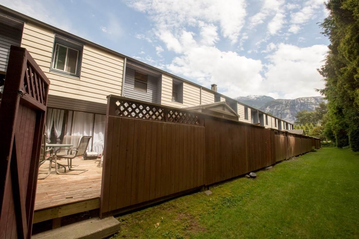 Townhouse at 16 38455 WILSON CRESCENT, Unit 16, Squamish, British Columbia. Image 15