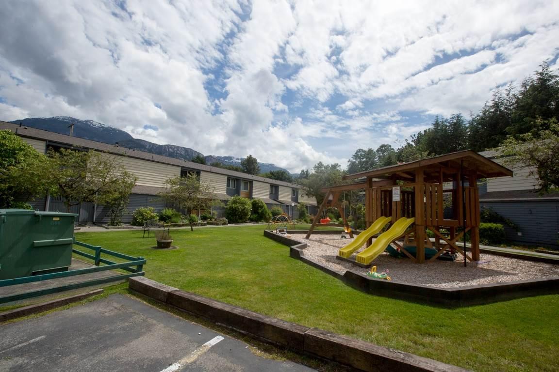 Townhouse at 16 38455 WILSON CRESCENT, Unit 16, Squamish, British Columbia. Image 17