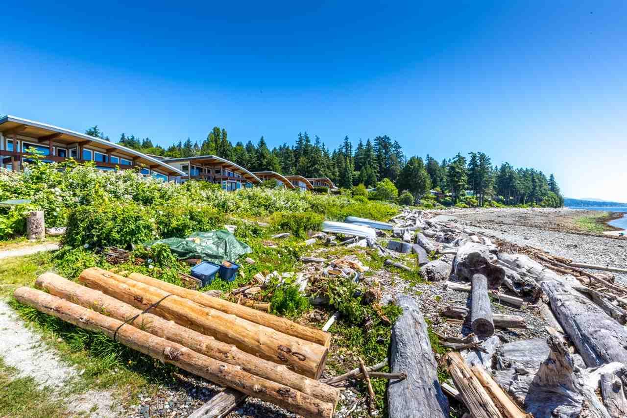Townhouse at 5398 WAKEFIELD BEACH LANE, Sunshine Coast, British Columbia. Image 14