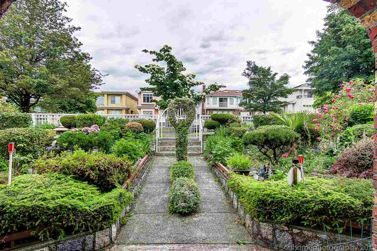 Detached at 1876 PRESTWICK DRIVE, Vancouver East, British Columbia. Image 2