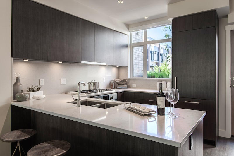 Townhouse at SL 4 5480 OAK STREET, Unit SL 4, Vancouver West, British Columbia. Image 4