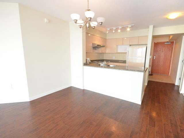 Condo Apartment at 1003 7878 WESTMINSTER HIGHWAY, Unit 1003, Richmond, British Columbia. Image 5