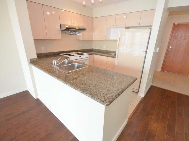 Condo Apartment at 1003 7878 WESTMINSTER HIGHWAY, Unit 1003, Richmond, British Columbia. Image 6