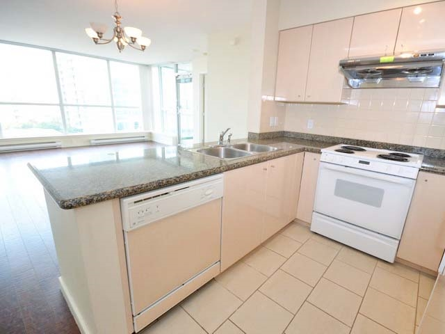 Condo Apartment at 1003 7878 WESTMINSTER HIGHWAY, Unit 1003, Richmond, British Columbia. Image 7