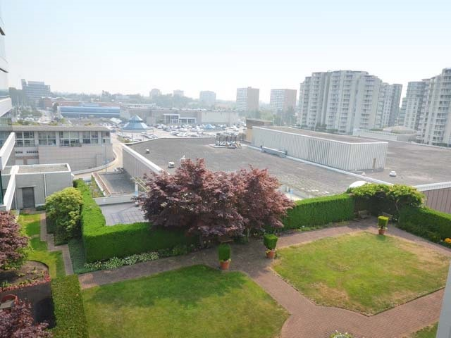 Condo Apartment at 1003 7878 WESTMINSTER HIGHWAY, Unit 1003, Richmond, British Columbia. Image 14
