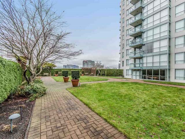 Condo Apartment at 1003 7878 WESTMINSTER HIGHWAY, Unit 1003, Richmond, British Columbia. Image 18