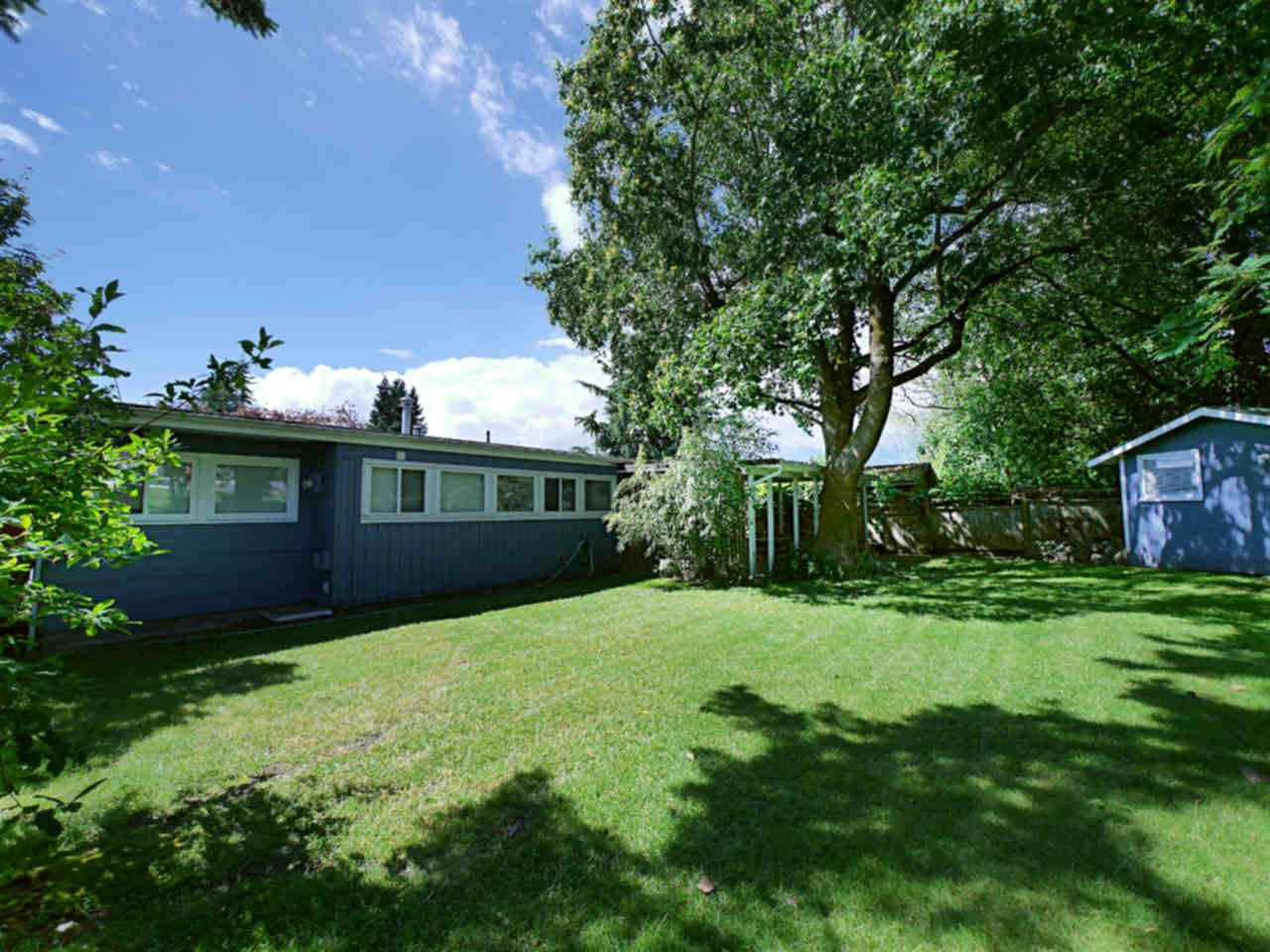 Detached at 10316 127 STREET, North Surrey, British Columbia. Image 5