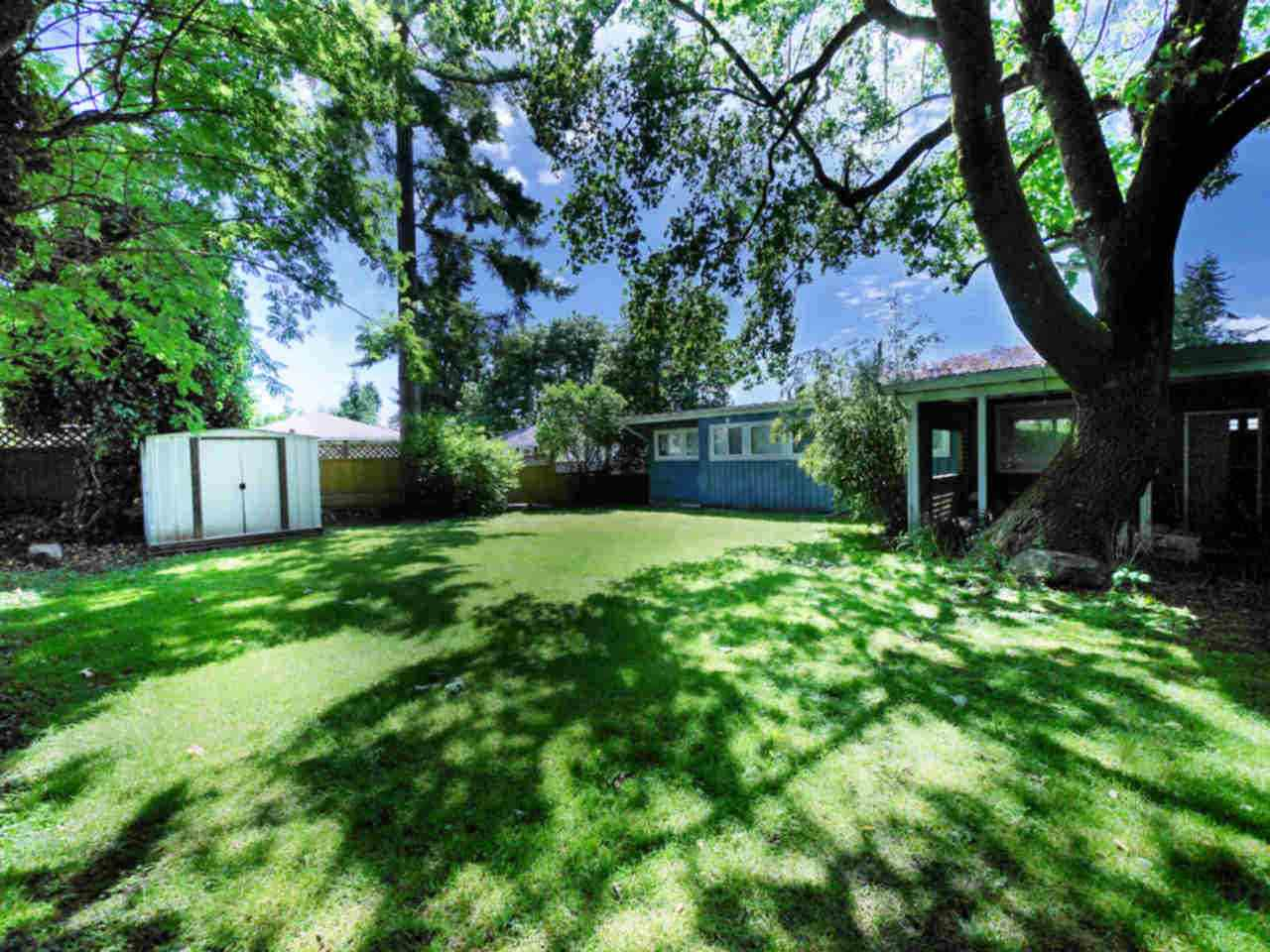 Detached at 10316 127 STREET, North Surrey, British Columbia. Image 6