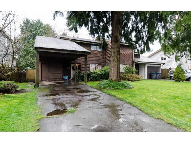Half-duplex at 7267 130A STREET, Surrey, British Columbia. Image 1