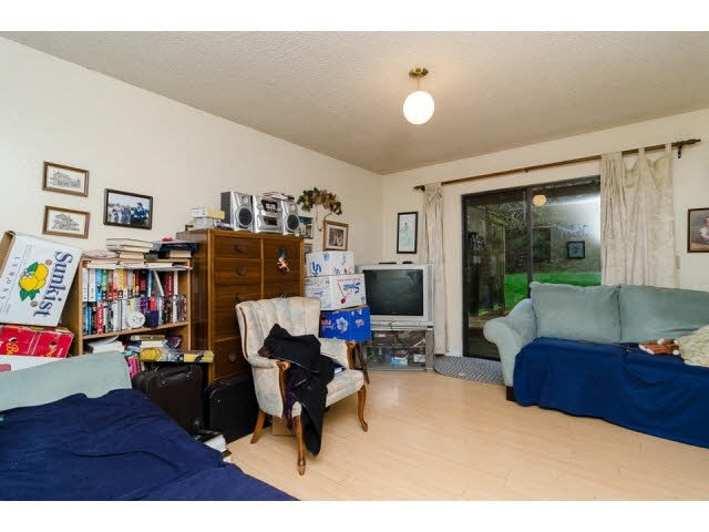 Half-duplex at 7267 130A STREET, Surrey, British Columbia. Image 7