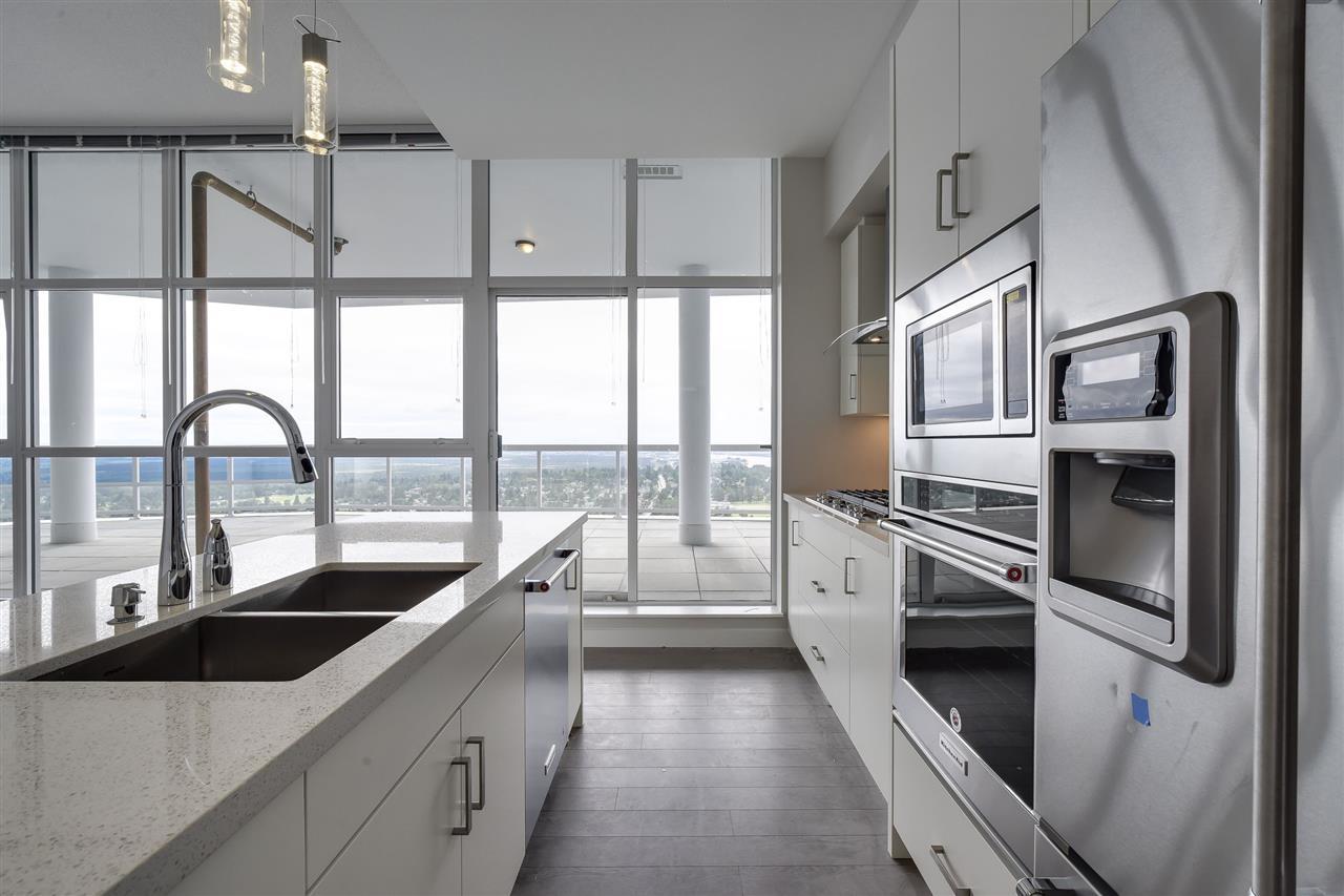 Condo Apartment at 3701 11967 80 AVENUE, Unit 3701, N. Delta, British Columbia. Image 3