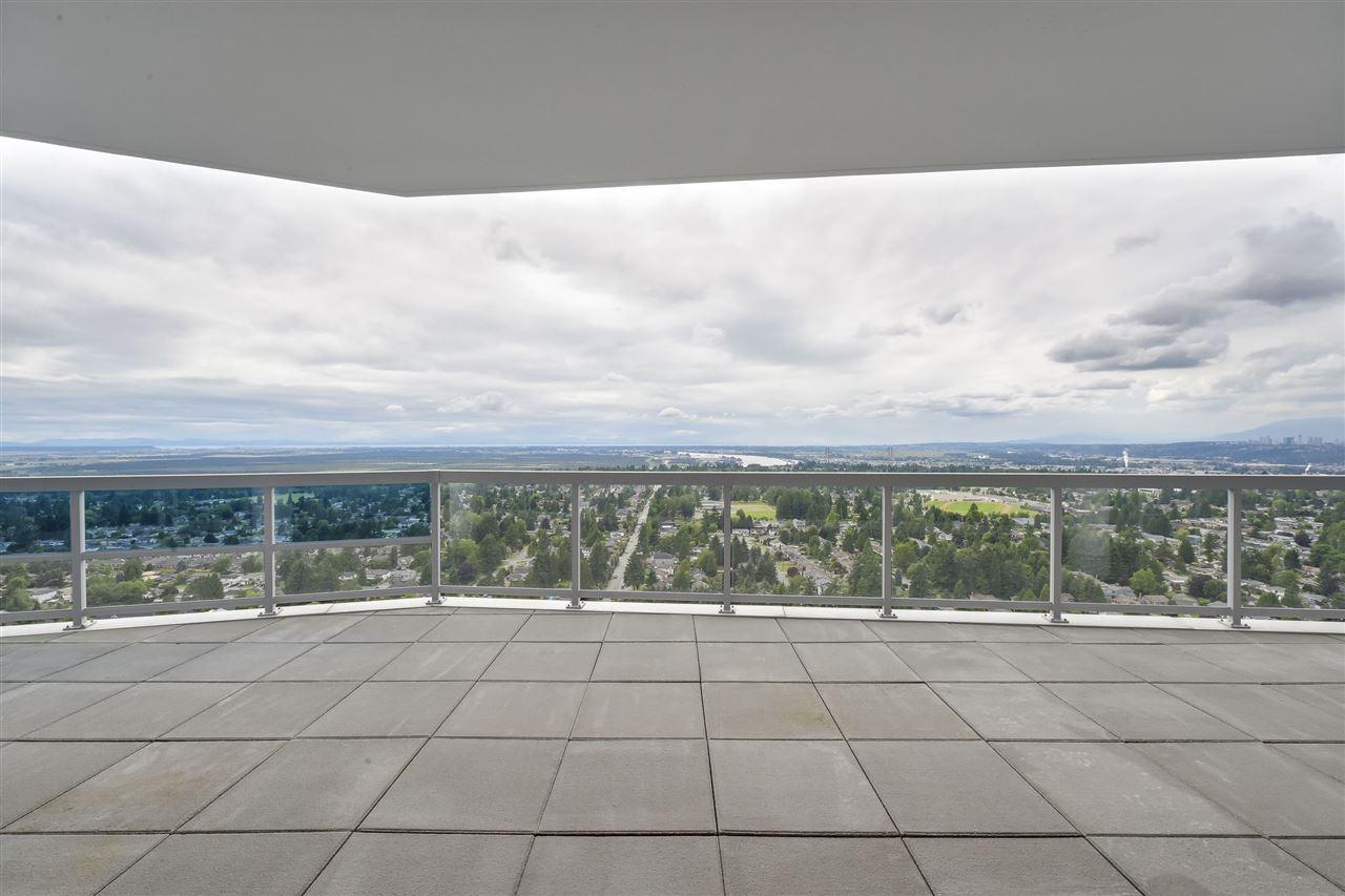 Condo Apartment at 3701 11967 80 AVENUE, Unit 3701, N. Delta, British Columbia. Image 17