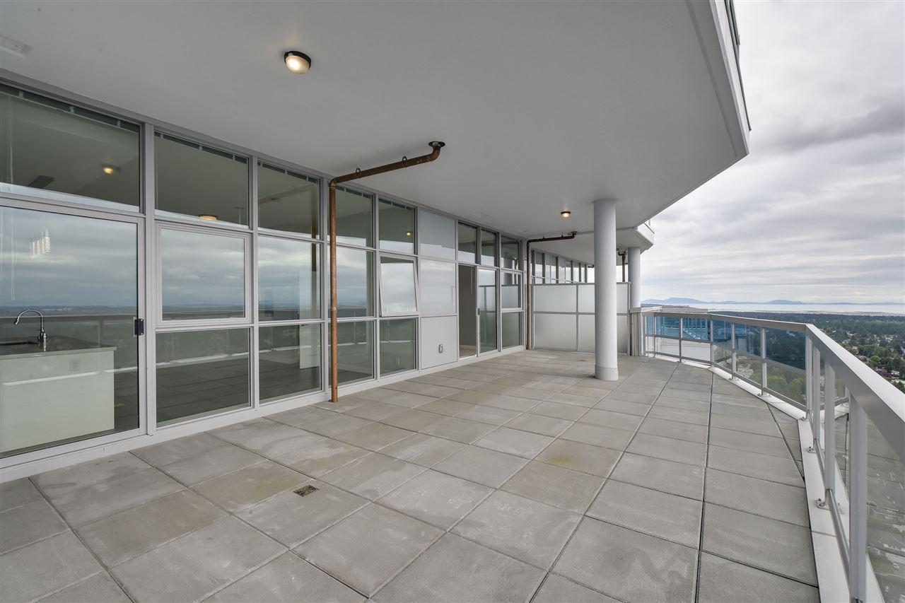 Condo Apartment at 3701 11967 80 AVENUE, Unit 3701, N. Delta, British Columbia. Image 18