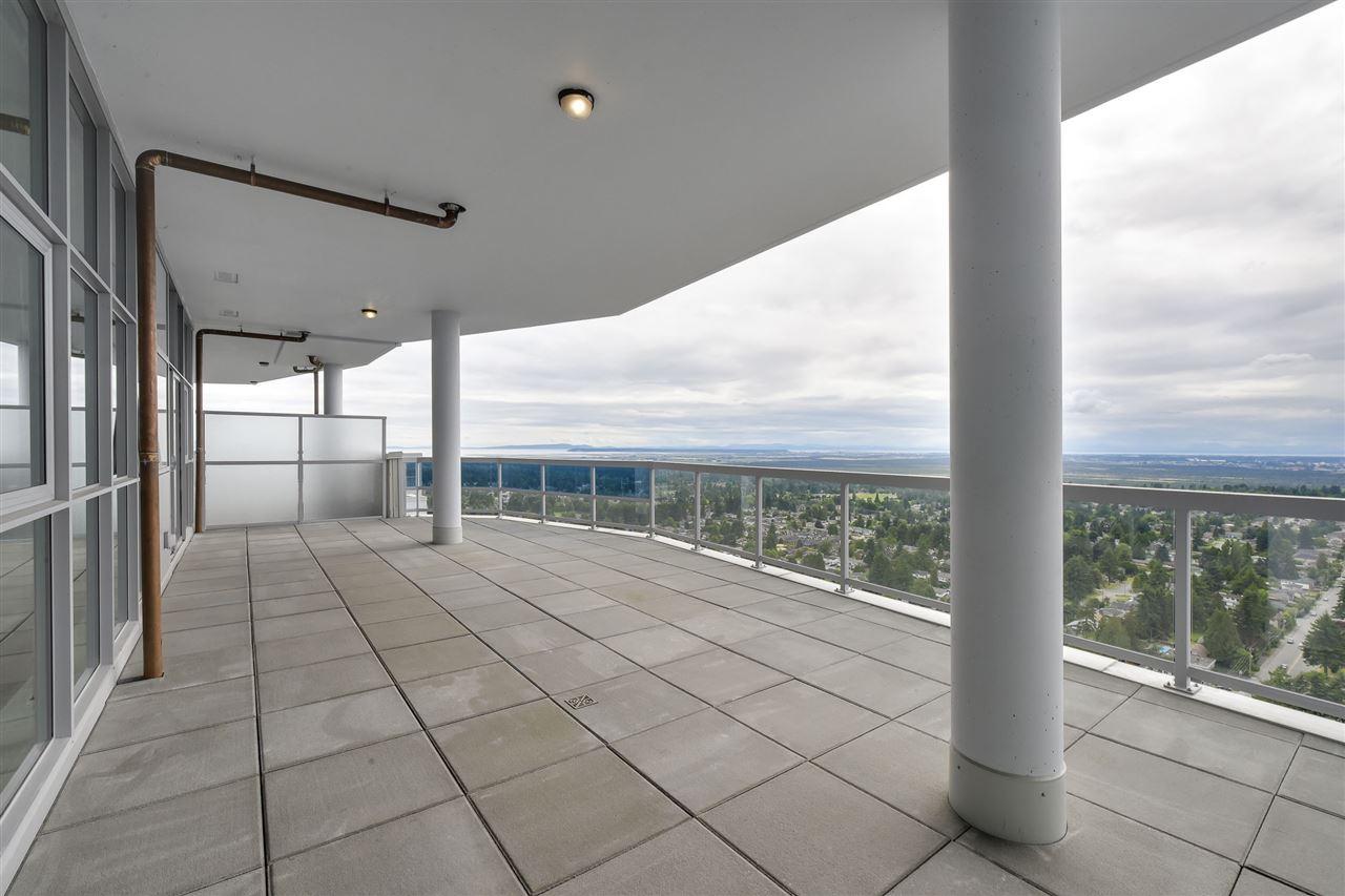 Condo Apartment at 3701 11967 80 AVENUE, Unit 3701, N. Delta, British Columbia. Image 19