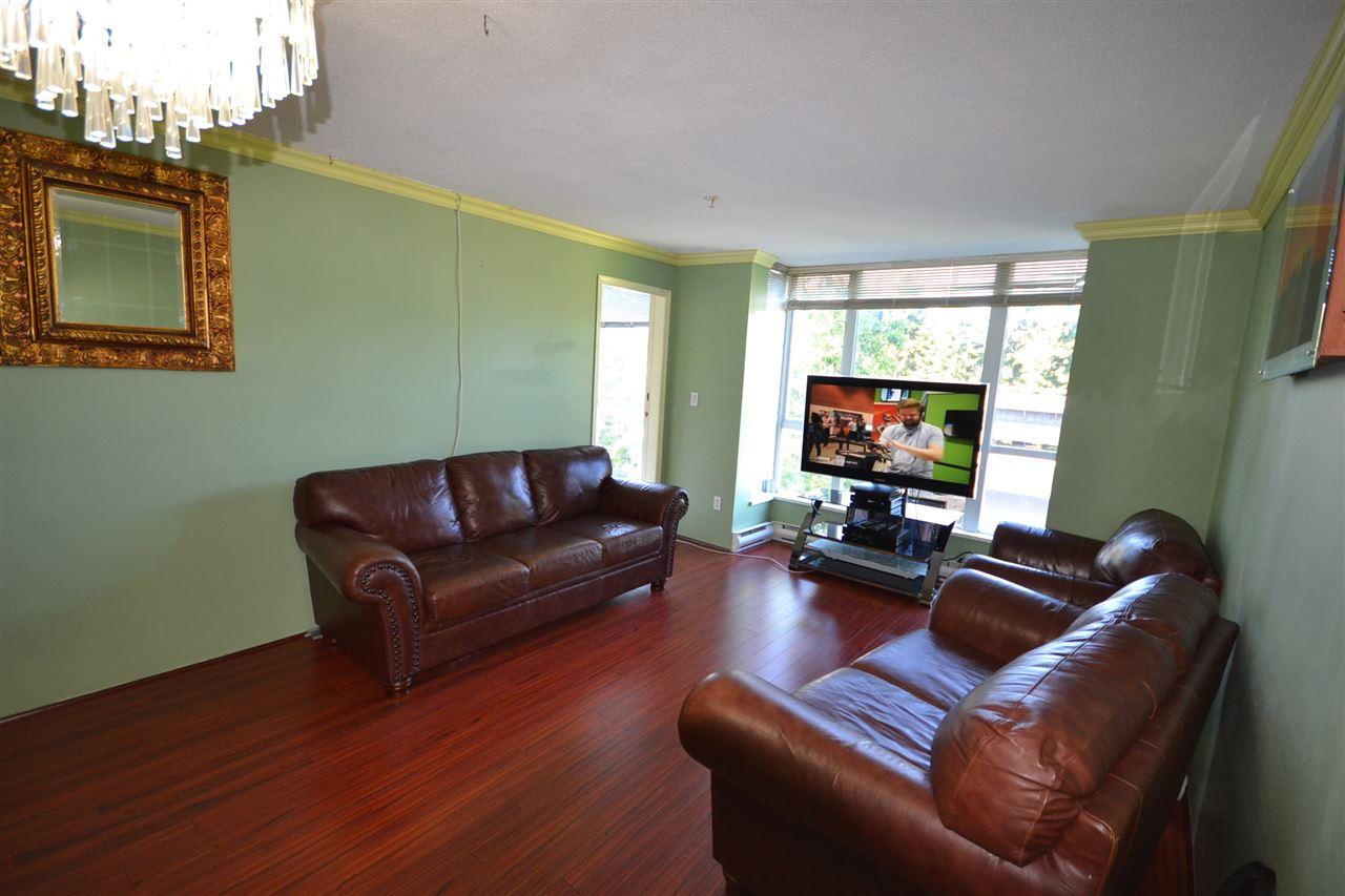 Condo Apartment at 401 3488 VANNESS AVENUE, Unit 401, Vancouver East, British Columbia. Image 5