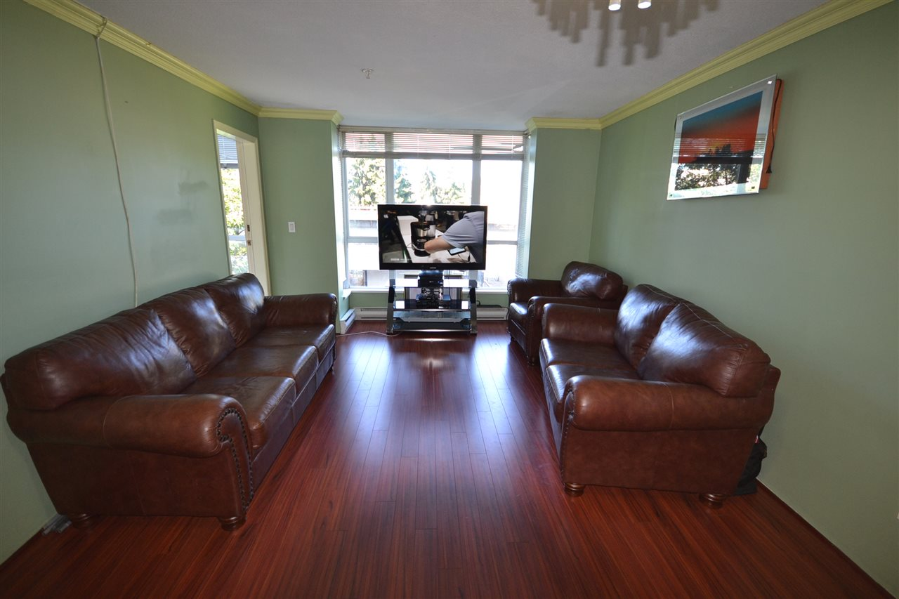 Condo Apartment at 401 3488 VANNESS AVENUE, Unit 401, Vancouver East, British Columbia. Image 6
