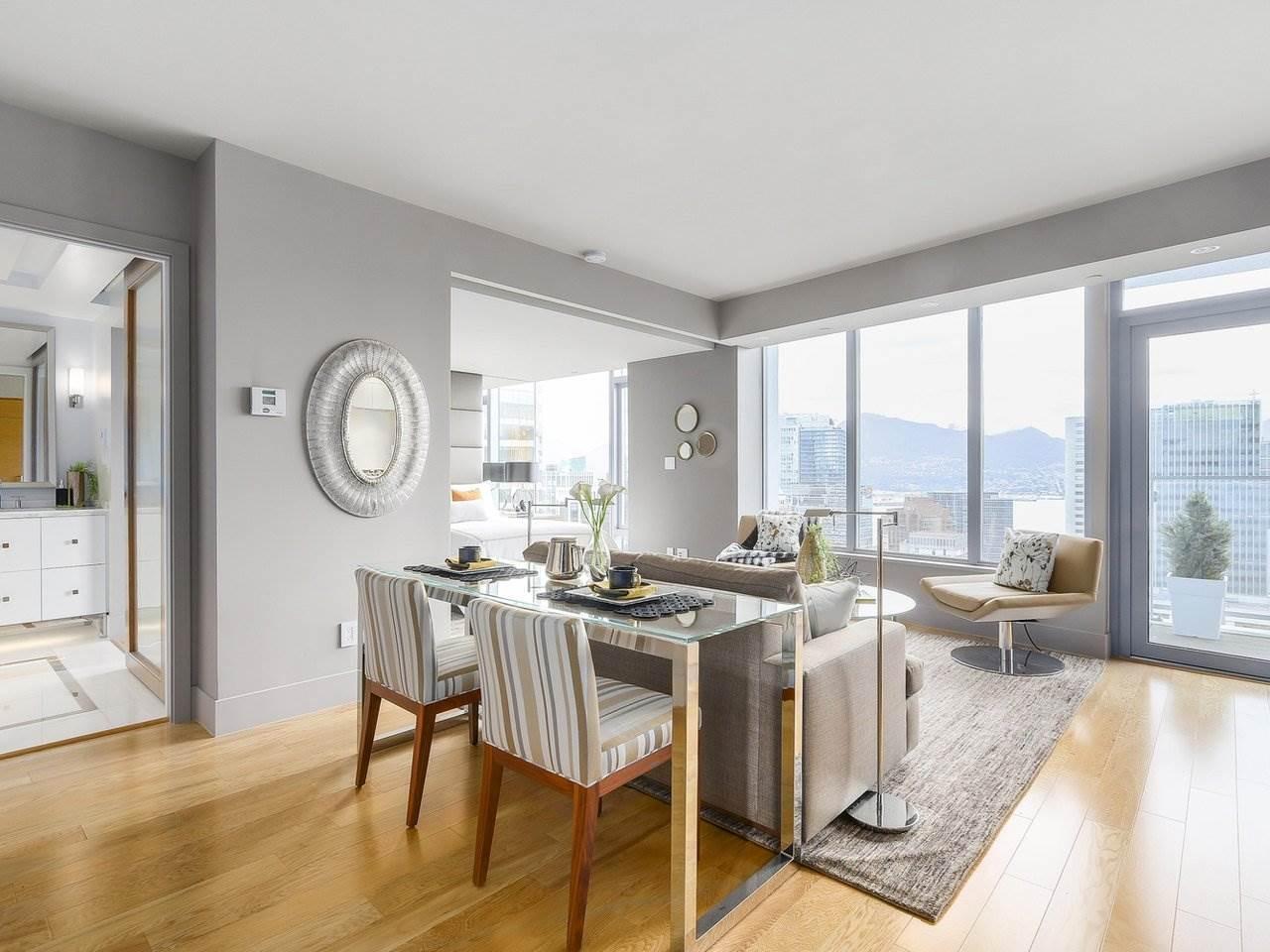 Condo Apartment at 2703 667 HOWE STREET, Unit 2703, Vancouver West, British Columbia. Image 4