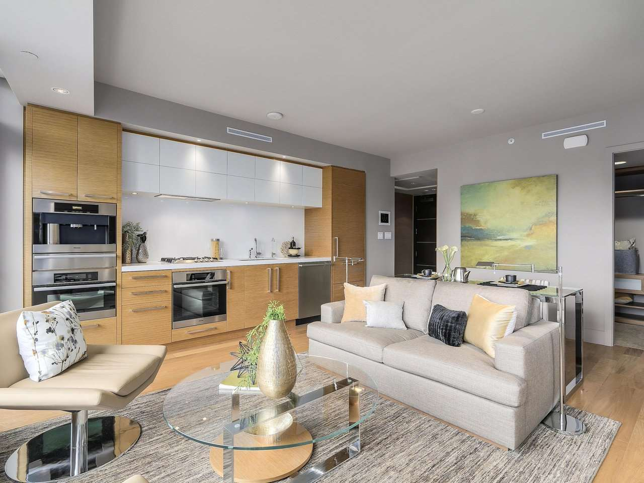 Condo Apartment at 2703 667 HOWE STREET, Unit 2703, Vancouver West, British Columbia. Image 5