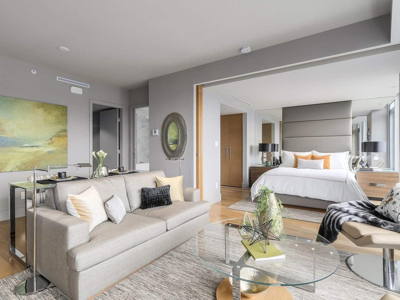 Condo Apartment at 2703 667 HOWE STREET, Unit 2703, Vancouver West, British Columbia. Image 8