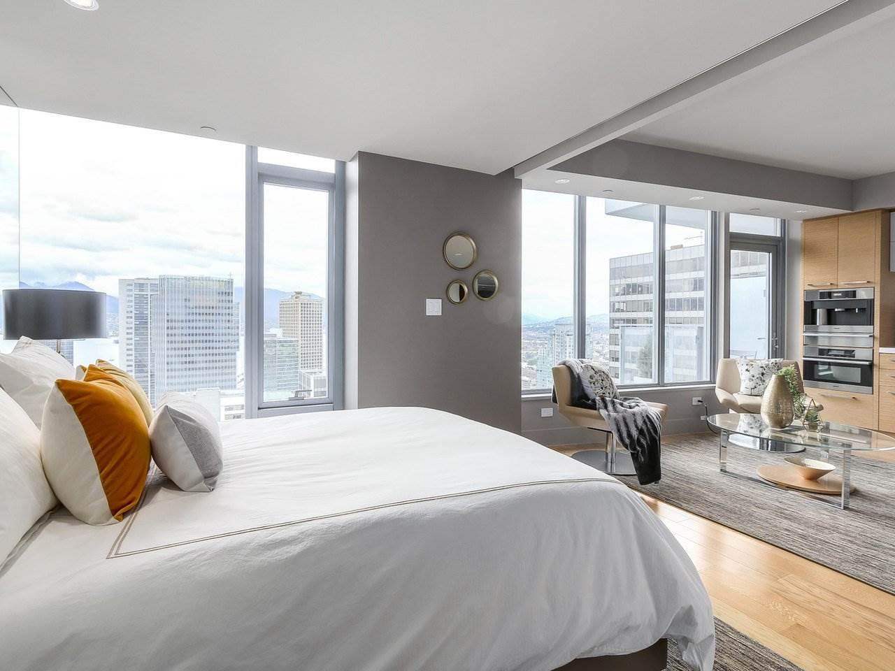 Condo Apartment at 2703 667 HOWE STREET, Unit 2703, Vancouver West, British Columbia. Image 12