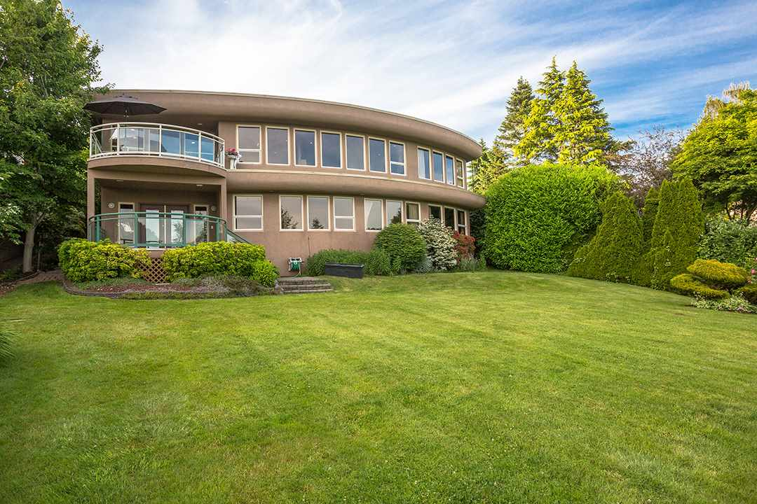 Detached at 13976 TERRY ROAD, South Surrey White Rock, British Columbia. Image 8