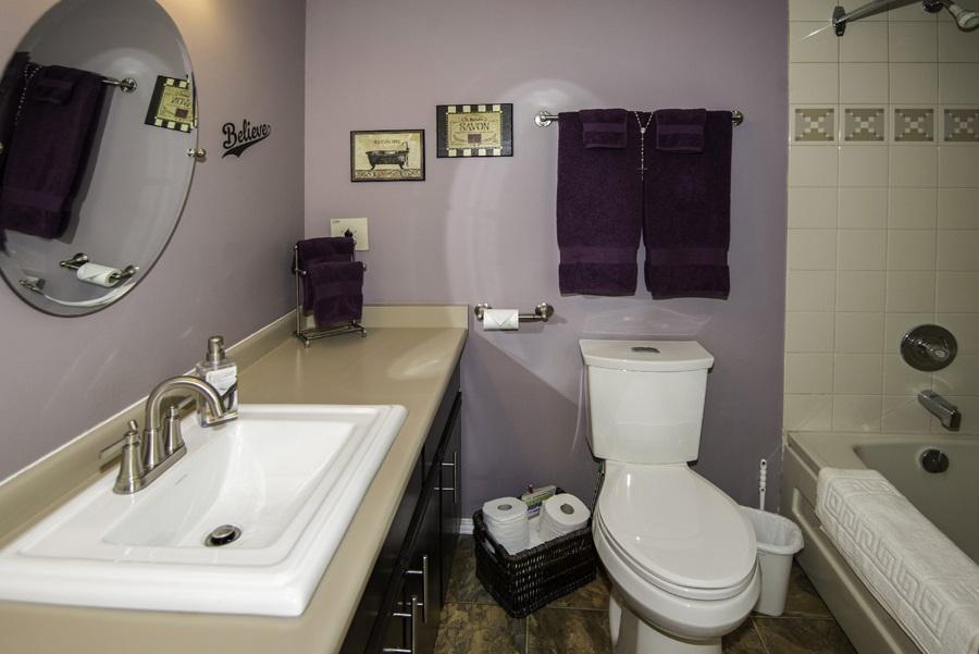 Condo Apartment at 160 8600 LANSDOWNE ROAD, Unit 160, Richmond, British Columbia. Image 10