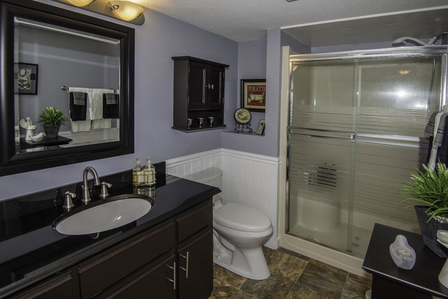 Condo Apartment at 160 8600 LANSDOWNE ROAD, Unit 160, Richmond, British Columbia. Image 12