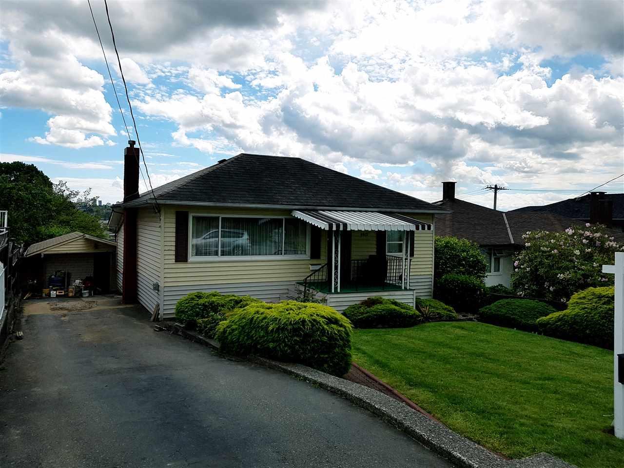 Detached at 3912 NAPIER STREET, Burnaby North, British Columbia. Image 2