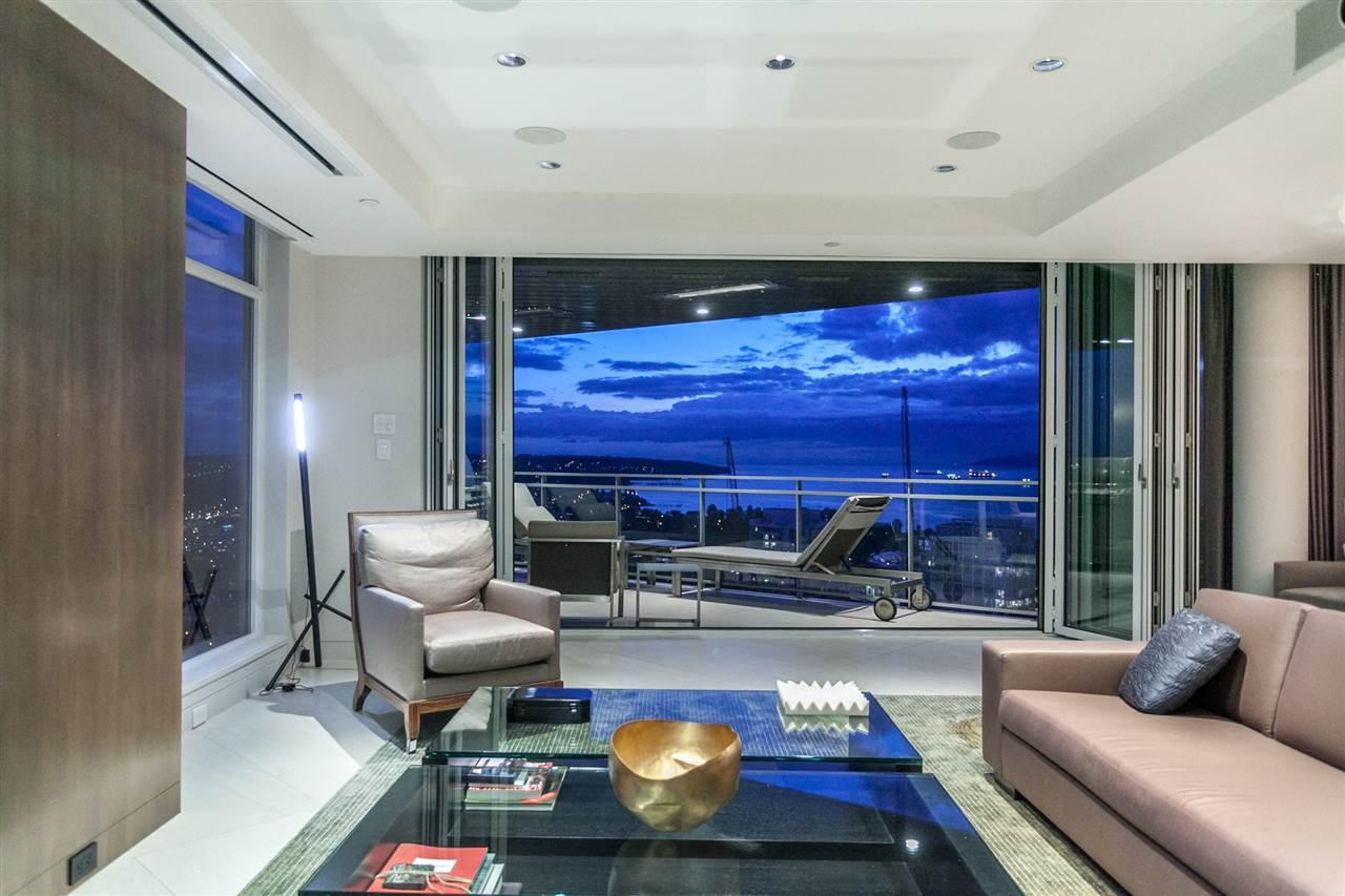 Condo Apartment at 4301 1372 SEYMOUR STREET, Unit 4301, Vancouver West, British Columbia. Image 1