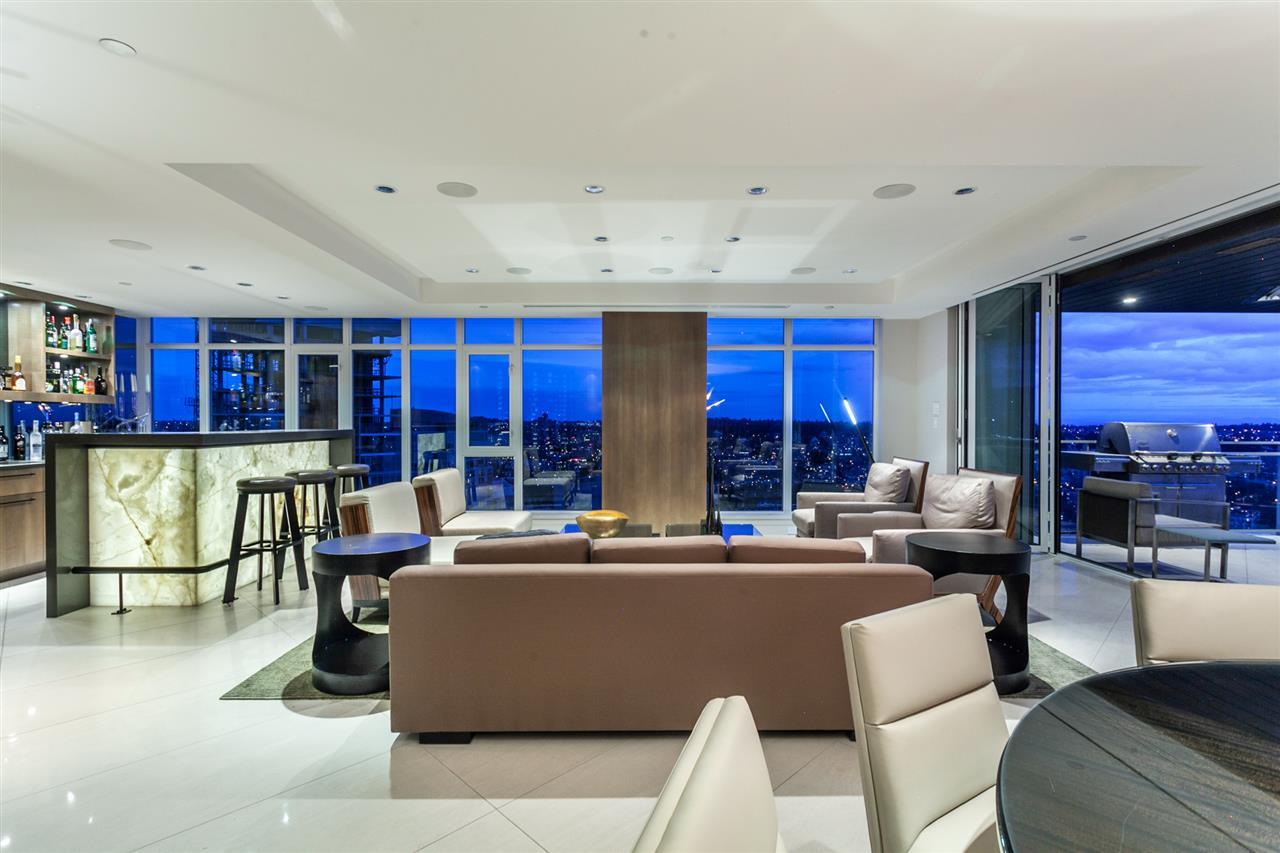 Condo Apartment at 4301 1372 SEYMOUR STREET, Unit 4301, Vancouver West, British Columbia. Image 3