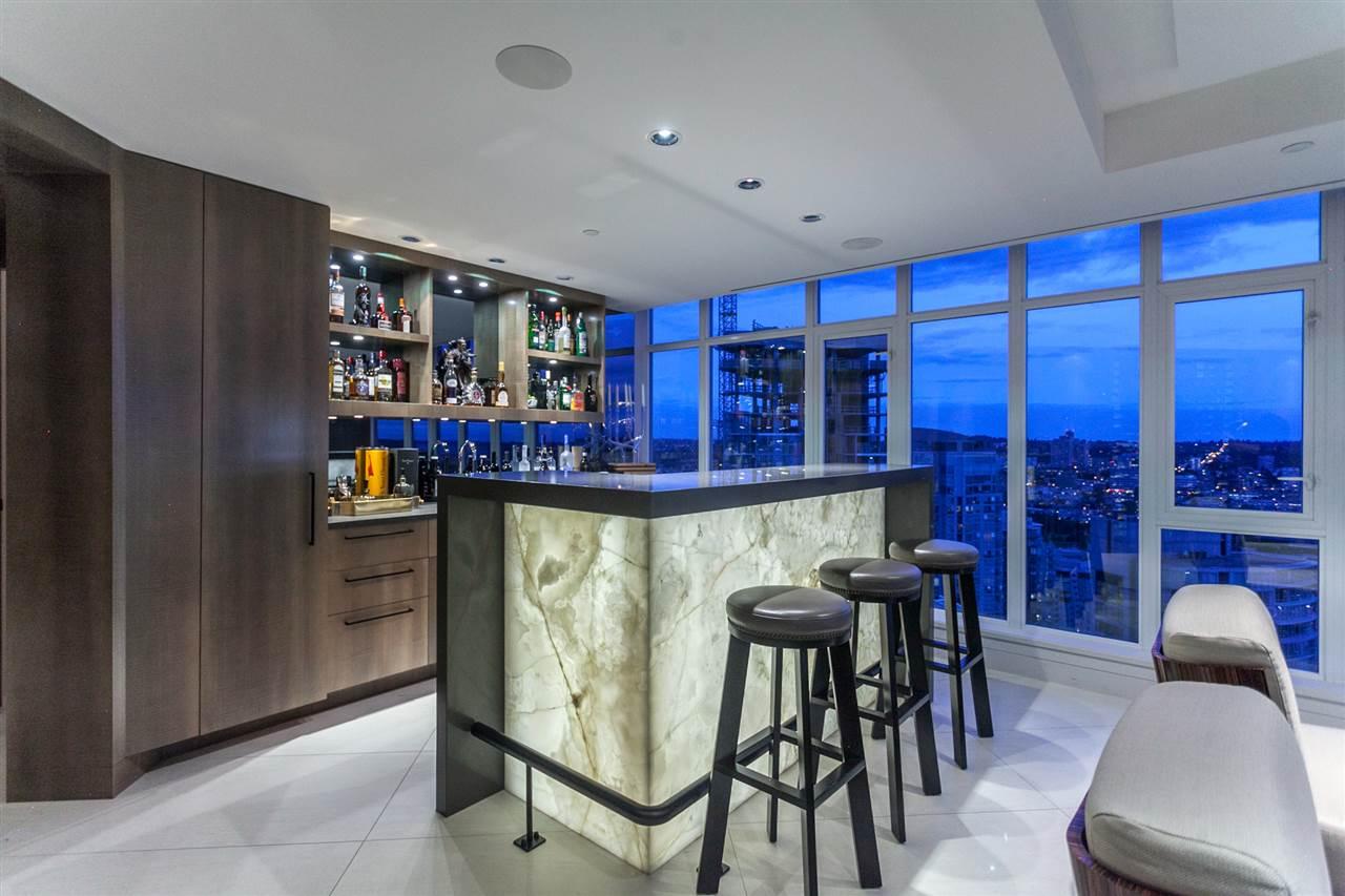 Condo Apartment at 4301 1372 SEYMOUR STREET, Unit 4301, Vancouver West, British Columbia. Image 4