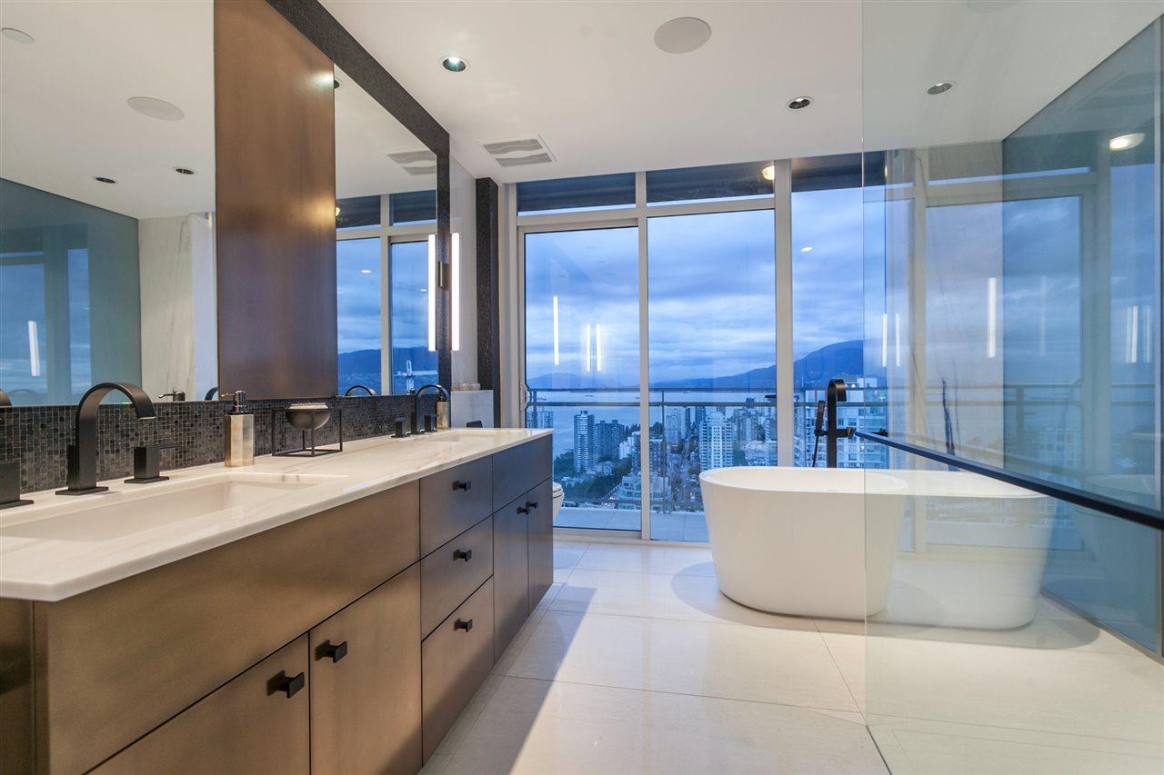Condo Apartment at 4301 1372 SEYMOUR STREET, Unit 4301, Vancouver West, British Columbia. Image 16
