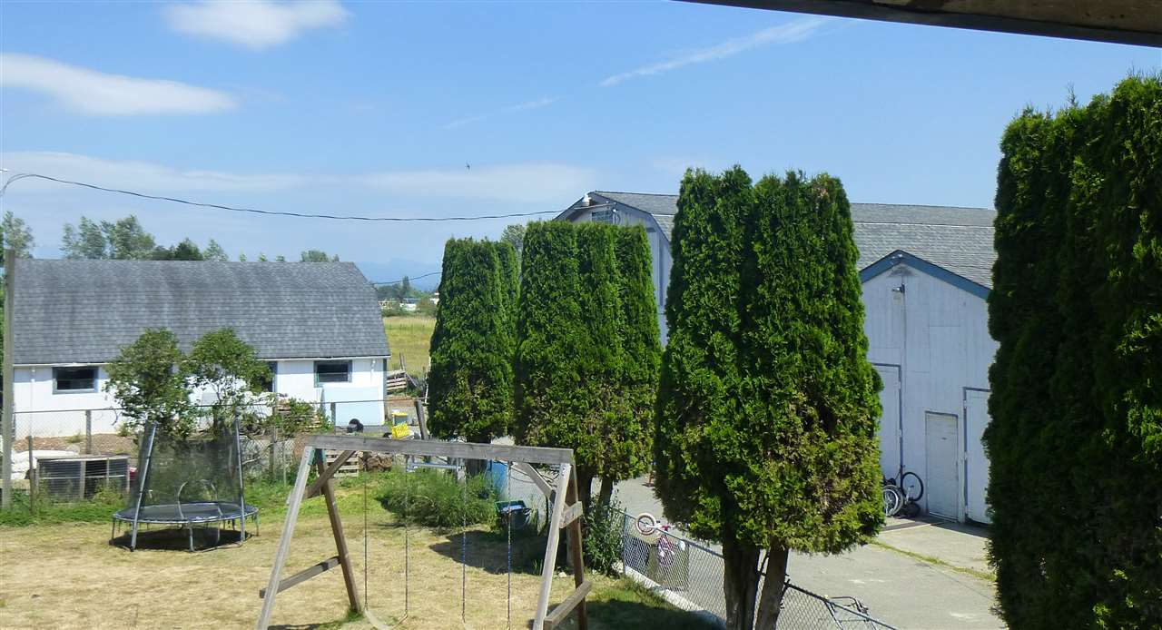 Detached at 22631 OLD YALE ROAD, Langley, British Columbia. Image 7