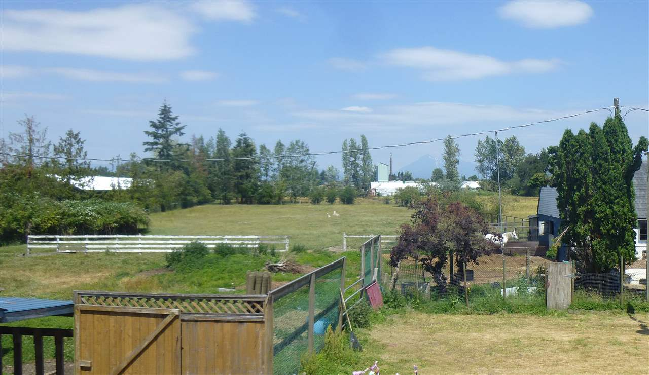 Detached at 22631 OLD YALE ROAD, Langley, British Columbia. Image 8