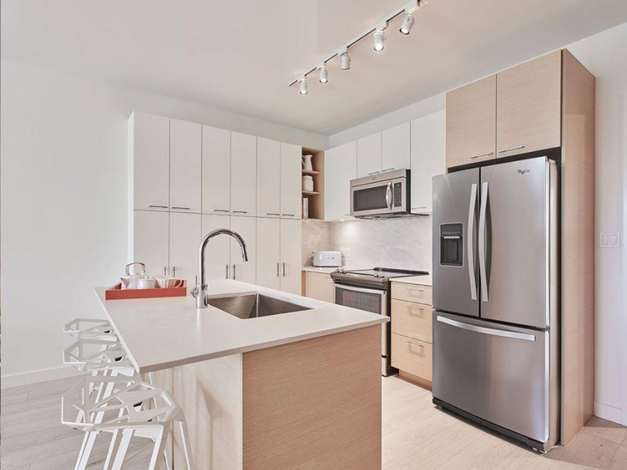 Condo Apartment at 205 10581 140TH STREET, Unit 205, North Surrey, British Columbia. Image 2
