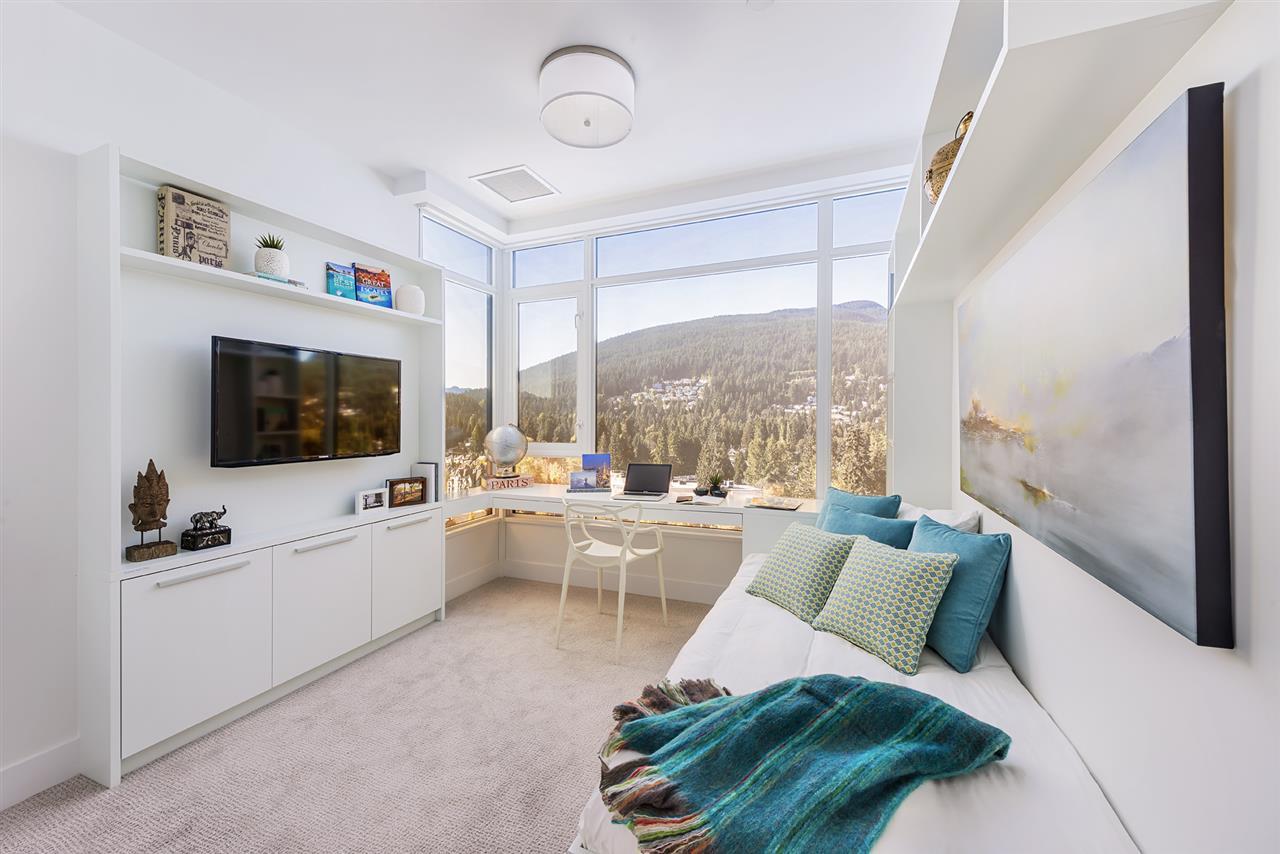 Condo Apartment at 702 1236 27TH STREET, Unit 702, North Vancouver, British Columbia. Image 10
