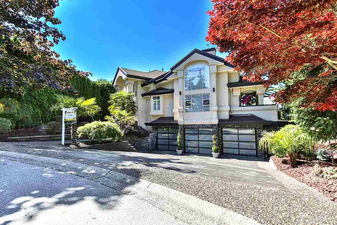Detached at 11337 159B STREET, North Surrey, British Columbia. Image 1