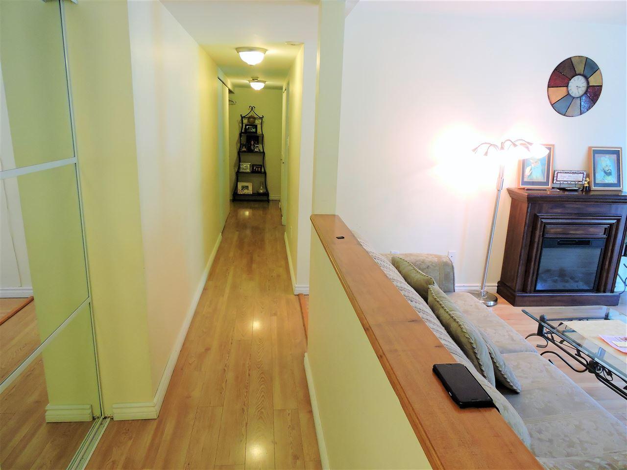 Condo Apartment at 6 38171 WESTWAY AVENUE, Unit 6, Squamish, British Columbia. Image 5