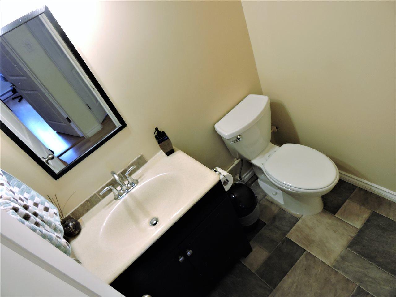 Condo Apartment at 6 38171 WESTWAY AVENUE, Unit 6, Squamish, British Columbia. Image 9