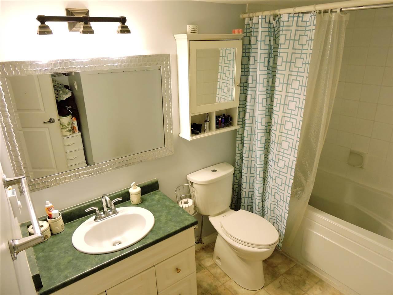 Condo Apartment at 6 38171 WESTWAY AVENUE, Unit 6, Squamish, British Columbia. Image 11
