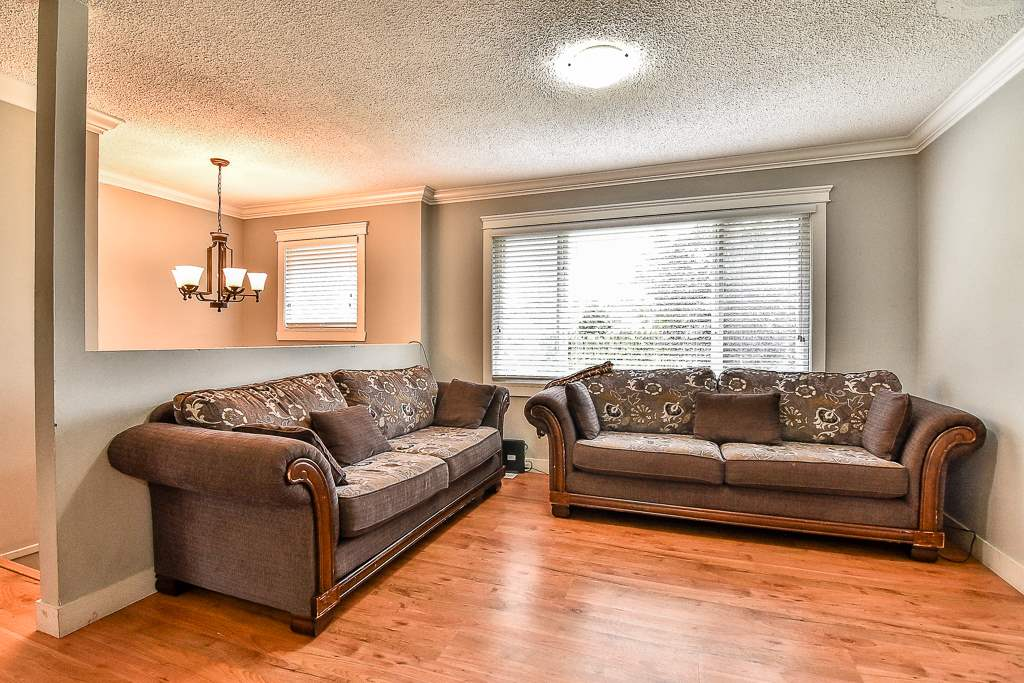 Detached at 13475 64 AVENUE, Surrey, British Columbia. Image 3
