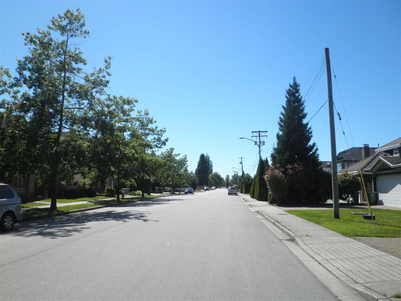 Detached at 10526 ODLIN ROAD, Richmond, British Columbia. Image 12