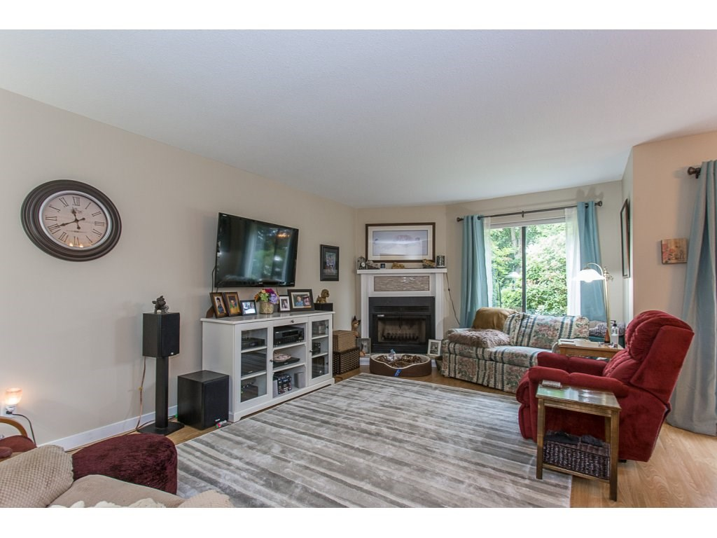 Townhouse at 11 32917 AMICUS PLACE, Unit 11, Abbotsford, British Columbia. Image 7