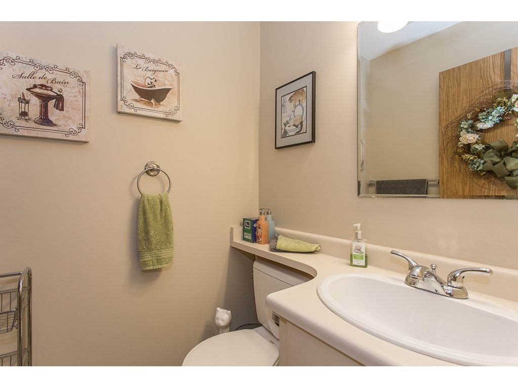 Townhouse at 11 32917 AMICUS PLACE, Unit 11, Abbotsford, British Columbia. Image 16