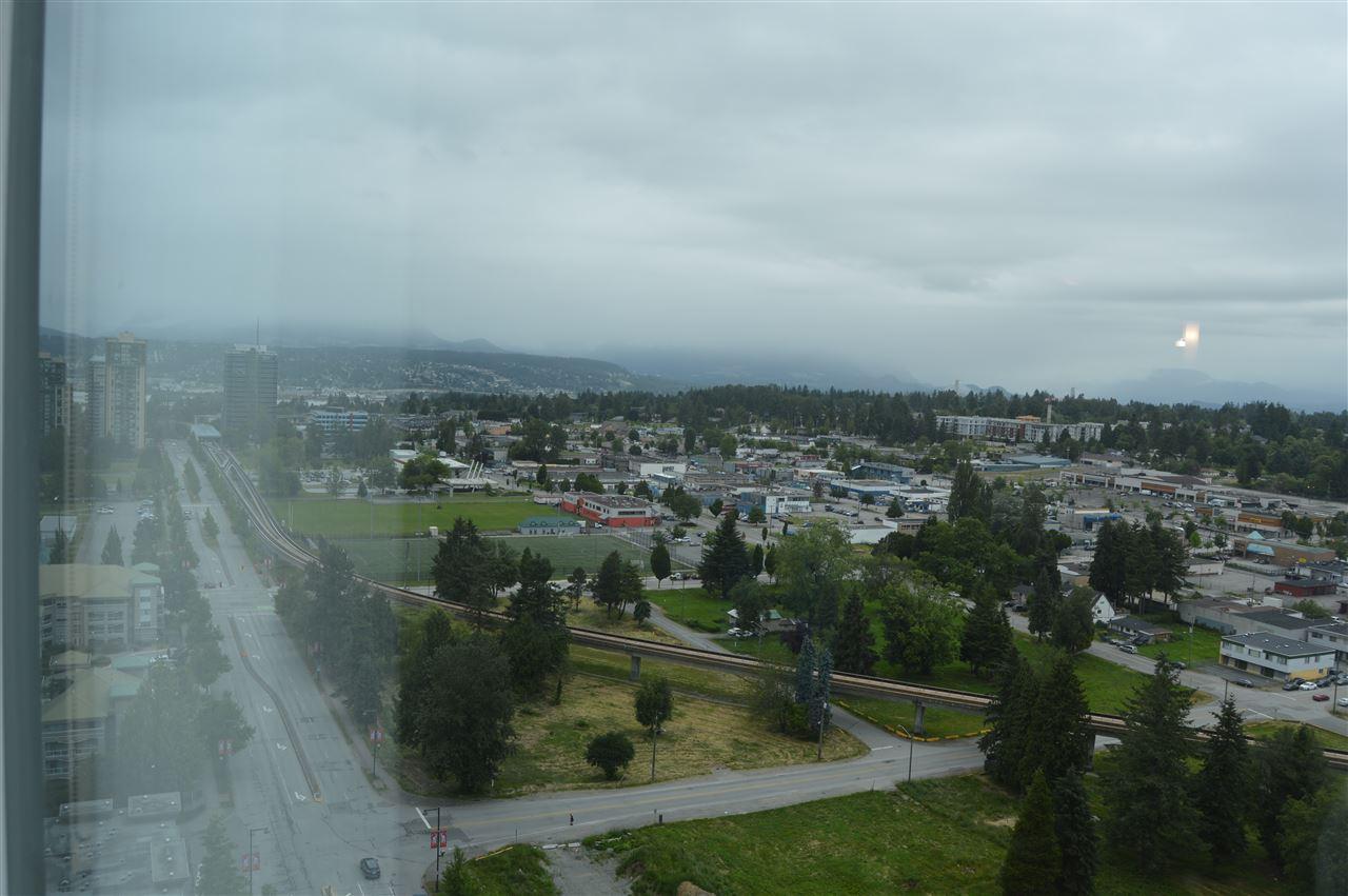 Condo Apartment at 2103 13399 104 AVENUE, Unit 2103, North Surrey, British Columbia. Image 5
