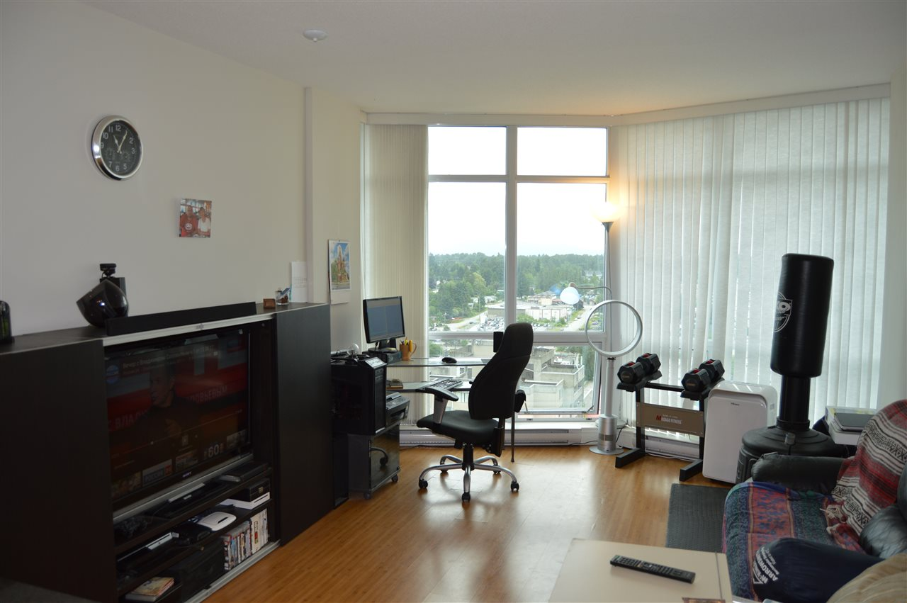 Condo Apartment at 2103 13399 104 AVENUE, Unit 2103, North Surrey, British Columbia. Image 7